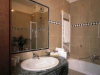 hotelville9514_resized